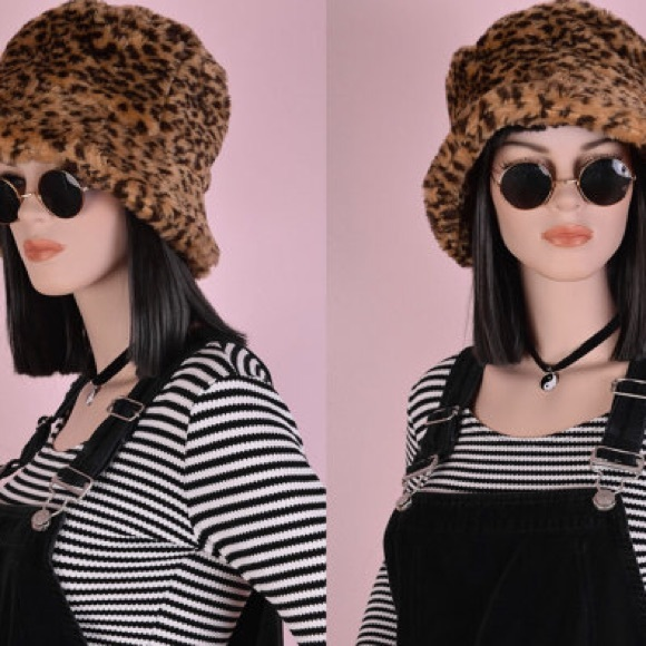 3a393a6a2050 Animal Print Fur Bucket Hat. M_5a9852ebc9fcdf4a8f97ebcb. Other Accessories  ...